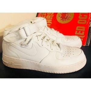 NIKE Air Force 1 Mid basketball shoe 🏀